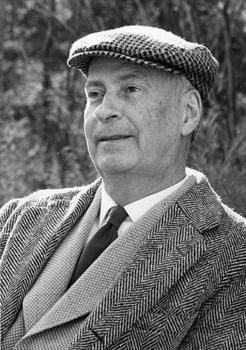Robert Francis in hat
