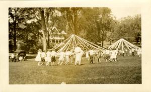 barnes_bar0063011_1928_kellogg ave., amity st. schools health day, june 1928, ribbons, sweetser park (2).jpg